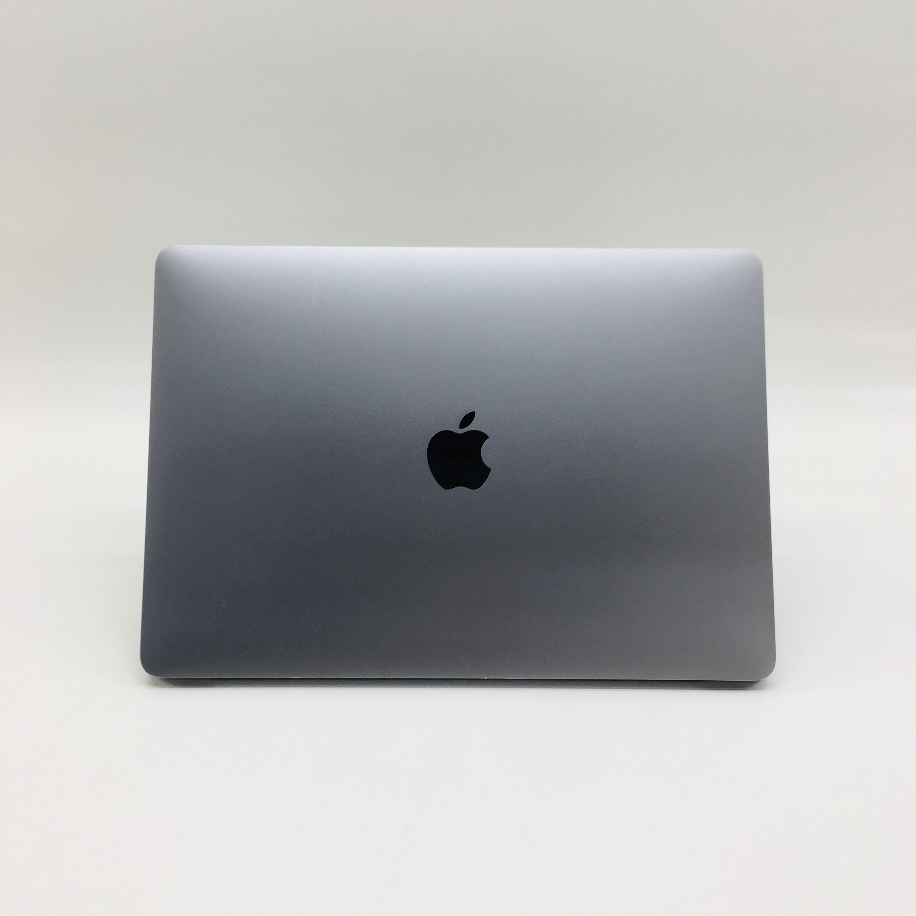 "MacBook Pro 13"" 4TBT Mid 2017 (Intel Core i5 3.1 GHz 8 GB RAM 256 GB SSD), Space Gray, Intel Core i5 3.1 GHz, 8 GB RAM, 256 GB SSD, image 4"