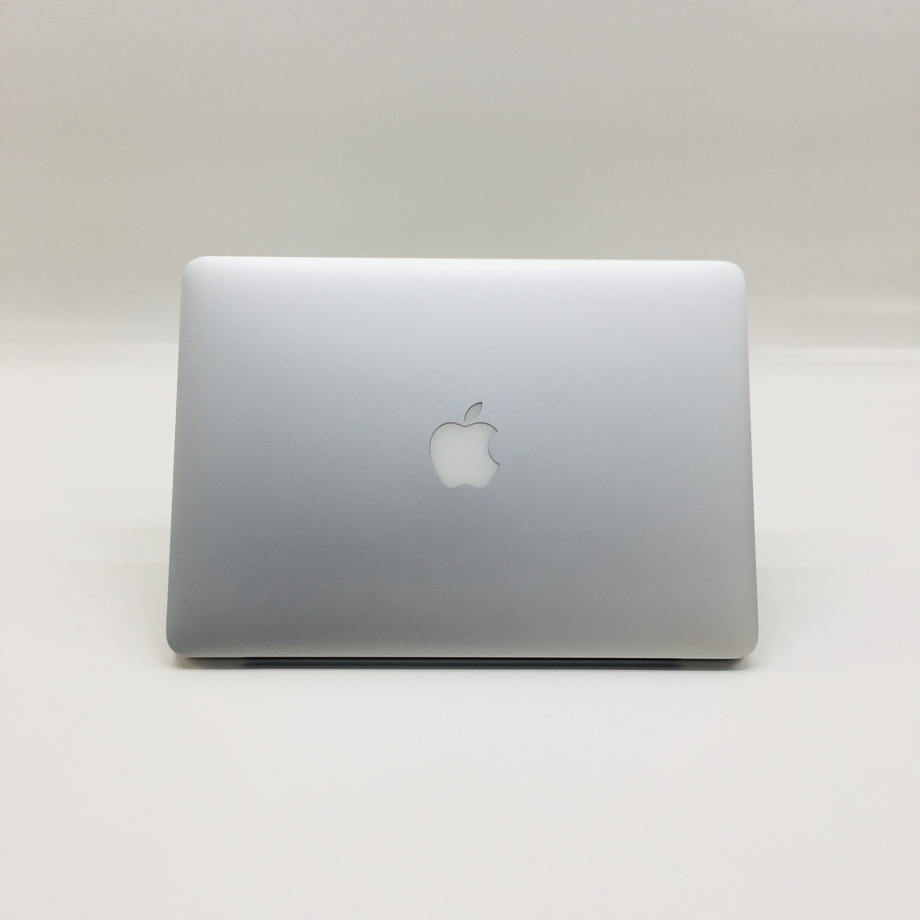 "MacBook Pro Retina 13"" Early 2015 (Intel Core i5 2.7 GHz 8 GB RAM 512 GB SSD), Intel Core i5 2.7 GHz, 8 GB RAM, 512 GB SSD, image 4"